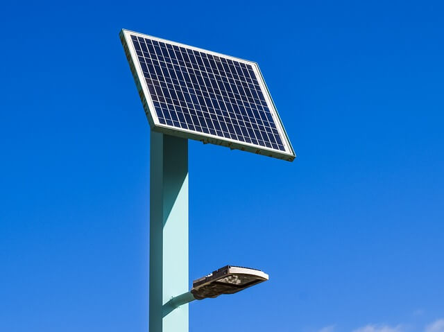 what size solar panel do i need to charge a marine battery