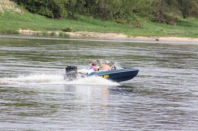 what to know when buying a trolling motor