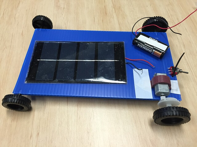 charging trolling motor batteries with solar